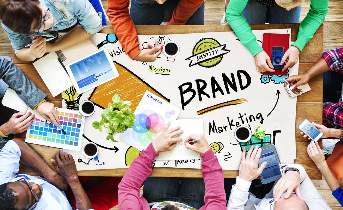feature-service-img-socialbrand